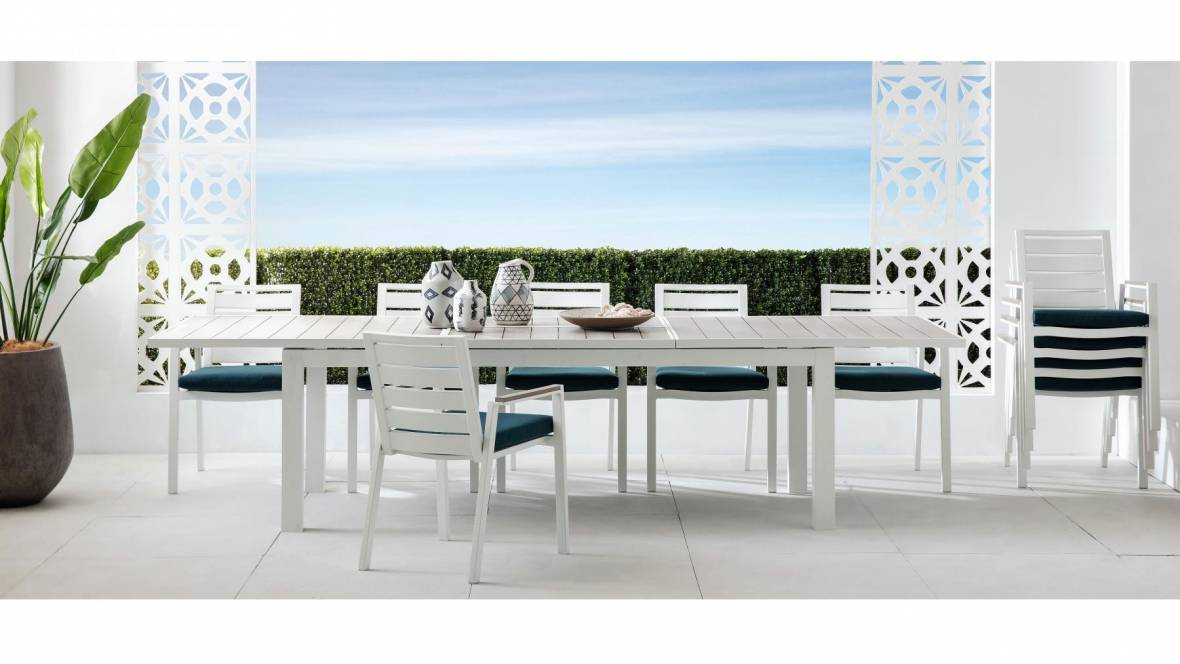 Spritz Rectangular Outdoor Extension Dining Table