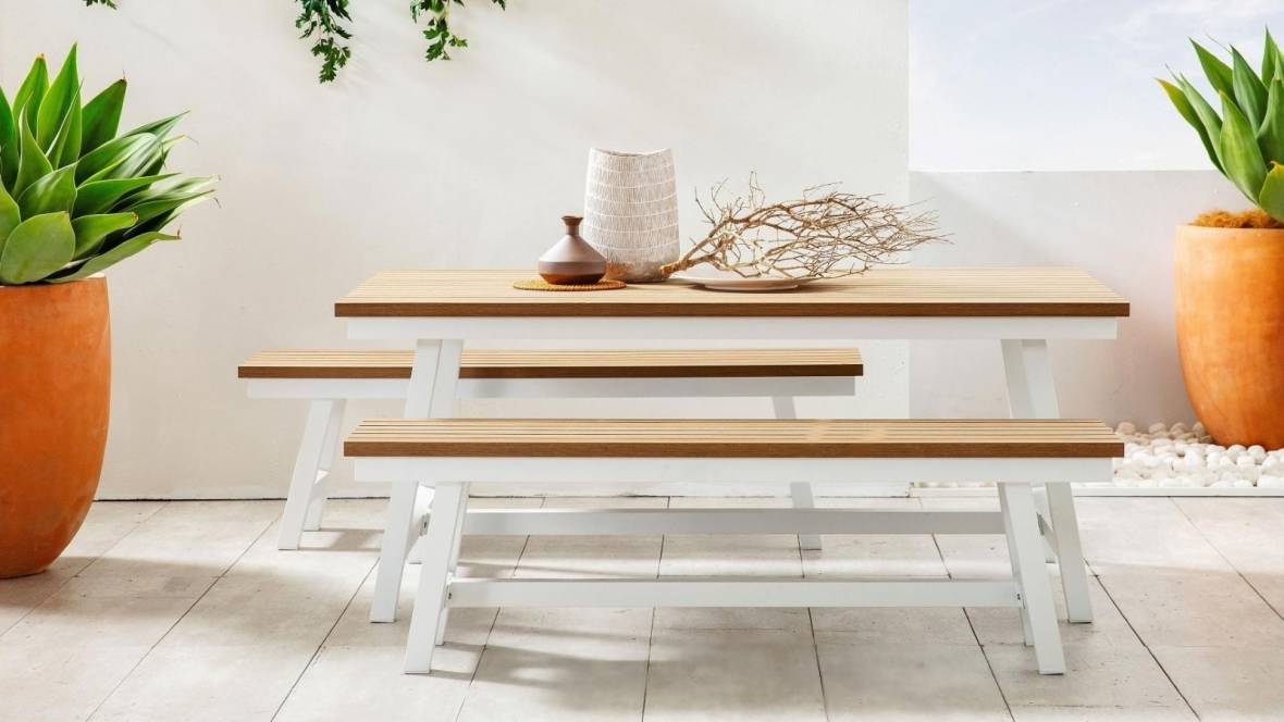 Piazza Outdoor Bench Seat