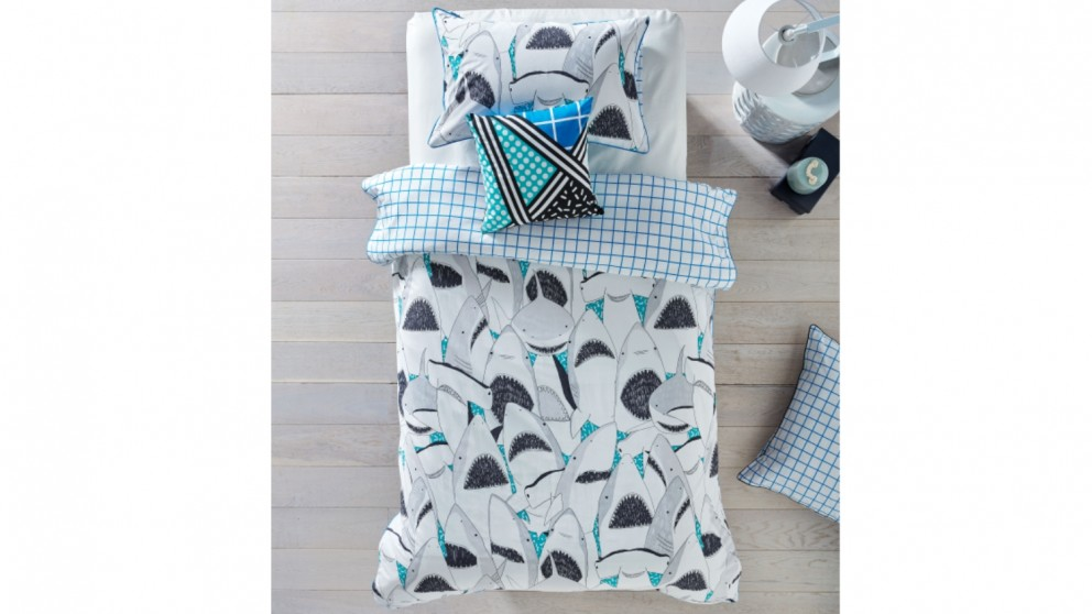 Hiccups Fin Turquoise Quilt Cover Set