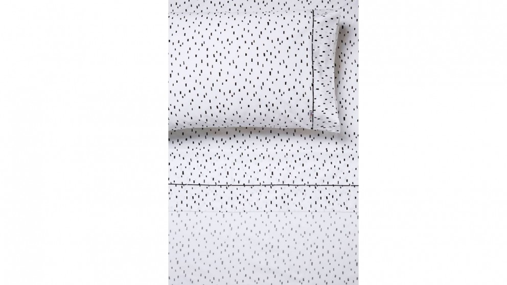 Hiccups Paulo Sheet Set - White