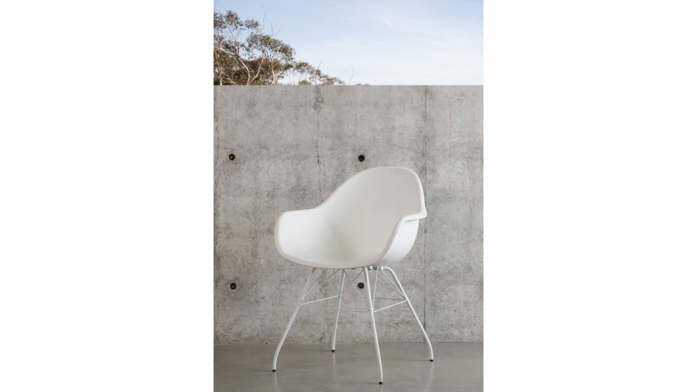 Montpellier Carver Chair - White