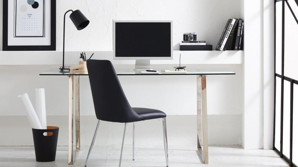 Savvy Desk