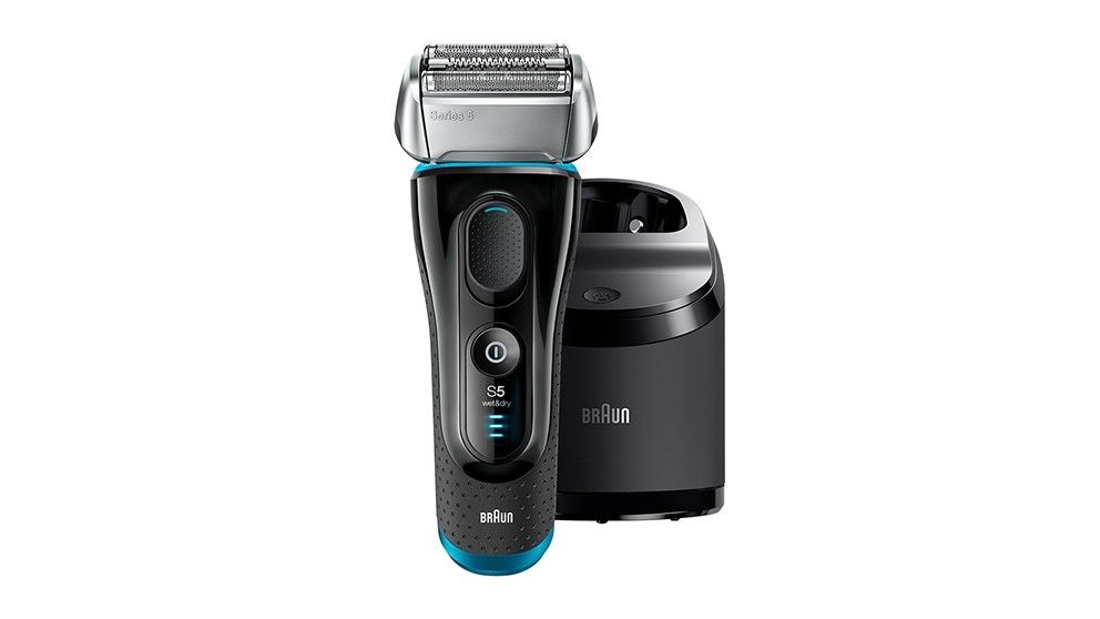 Braun Series 5 Men Shaver with Clean & Charge Station