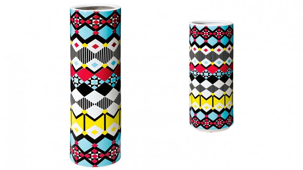 Perry Lane Diamond Vase