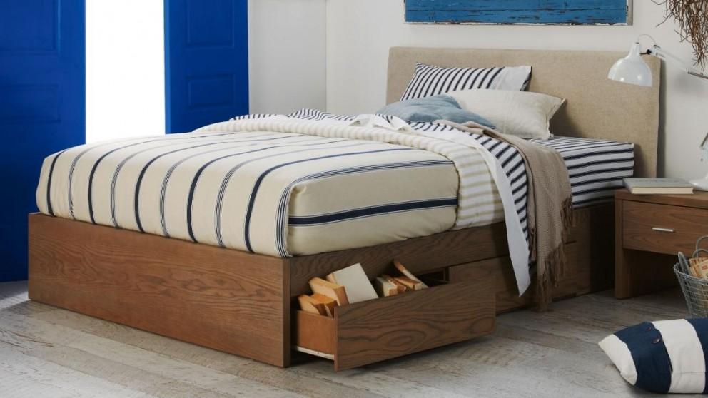 Bassik Upholstered Bedhead