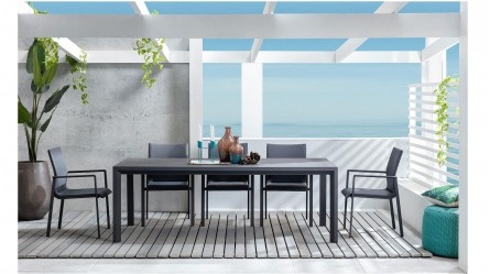 Amara Outdoor Extension Dining Table